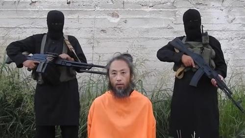 安田純平さんがシリア武装団体に抑留されていた当時撮影した動画(写真=動画キャプチャー)