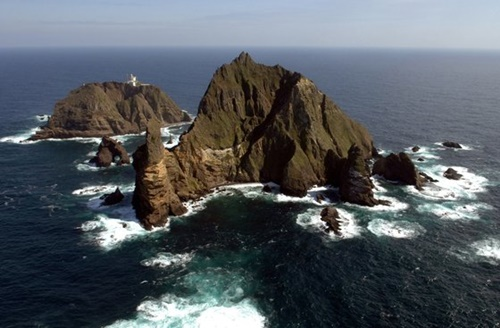 独島(ドクト)(中央フォト)