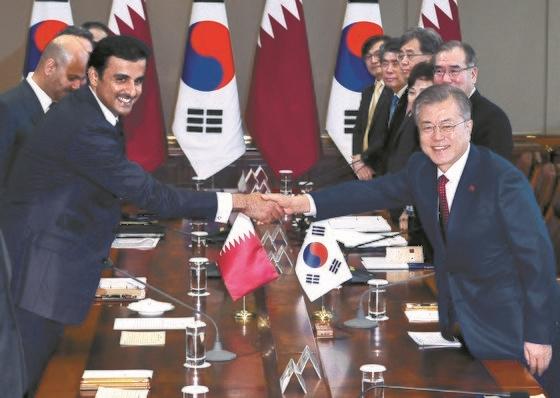 【韓国】文大統領に会ったカタール国王 「韓国製LNG船60隻導入を計画」