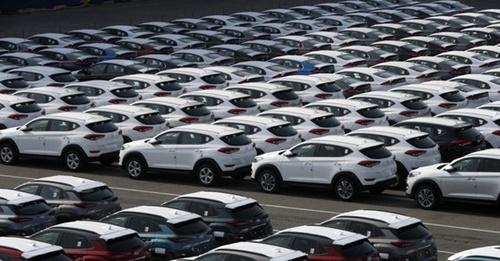 主力産業の不振で企業の体感景気が悪化している。写真は蔚山の現代自動車輸出船積み埠頭の様子。(写真=中央フォト)