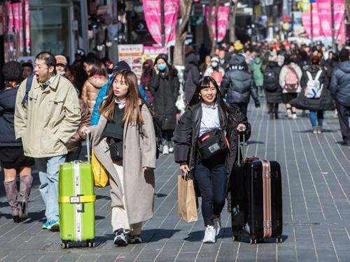 日本は2月11日が祝日のため、明日から3連休ですね!連休を利用して韓国旅行を計画されている方もいらっしゃるかと思います。