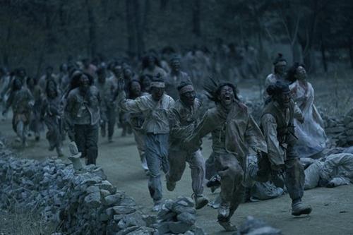 ドラマ『キングダム(Kingdom)』。西欧で誕生したゾンビアクションジャンルを朝鮮時代を舞台に据えて新たに韓国ゾンビものを作り出した。(写真提供=Netflix)