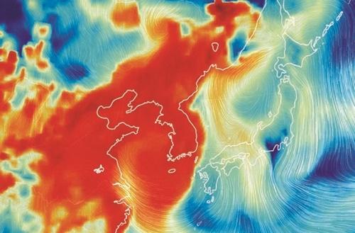 5日連続で粒子状物質非常措置が施行された5日、世界気象情報を視角化して表示するビジュアルマップ「アースナルスクール」で確認された午前9時の韓半島(朝鮮半島)のPM2.5状況。中国と韓半島の部分はPM2.5のため赤く表示されていて、東海(トンヘ、日本名・日本海)と日本側の大気とは対照的だ。(写真=アースナルスクール)