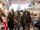 広蔵市場をぶらぶら歩きながら、韓国でお気に入りの「うまいもん」を見つけてみてはいかがでしょうか?