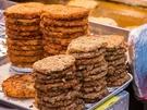外カリ中ふわな食感が美味しいピンデトッは、広蔵市場の定番メニュー。