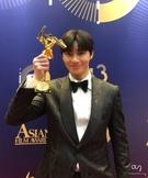 アジア・フィルム・アワードで俳優パク・ソジュン-キム・ジェジュンが受賞
