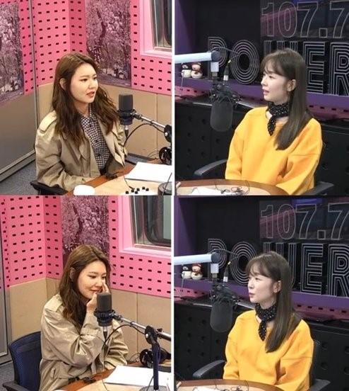 ラジオ番組に出演した少女時代のスヨン