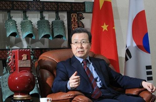 程永華・駐日中国大使。写真は2010年に駐韓中国大使を終えて離任する時の程氏(写真=中央フォト)