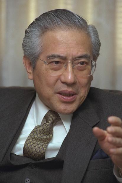 1997年駐韓日本大使赴任直後の小倉和夫氏(写真=中央フォト)