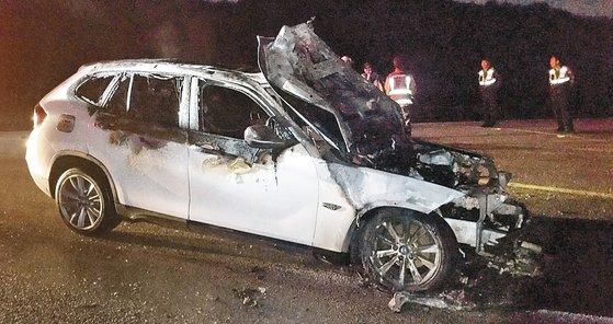 昨年8月に走行中に火災事故が起きたBMW車両(写真=全羅北道消防本部)