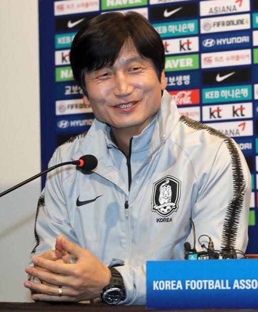 鄭正容(チョン・ジョンヨン)U-20韓国代表監督(韓国日刊スポーツ)