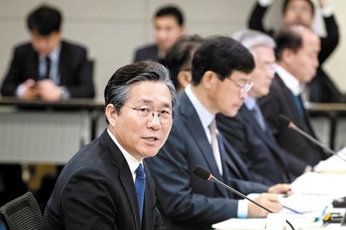 韓国産業通商資源部の成允模長官(写真=中央フォト)