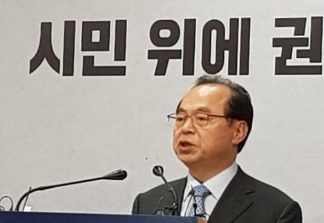 呉巨敦(オ・ゴドン)釜山市長