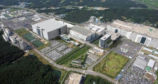 次世代OLEDパネルを中心に生産するLGディスプレイ坡州(パジュ)工場。[写真 LGディスプレイ]
