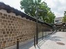 昨年秋に徳寿宮の北側、イギリス大使館横の道が解放され、ぐるりと一周できるようになりました。