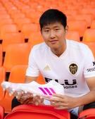 <サッカー>李康仁、なぜレンタルでなく移籍を要請したのか