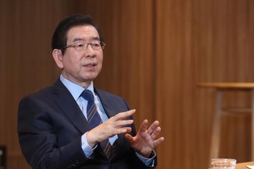 朴元淳ソウル市長[中央フォト]