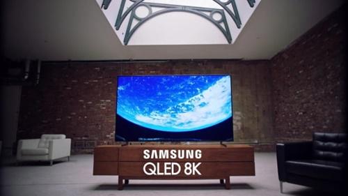 サムスン電子の2019年型「QLED8Kテレビ」[写真 サムスン電子]