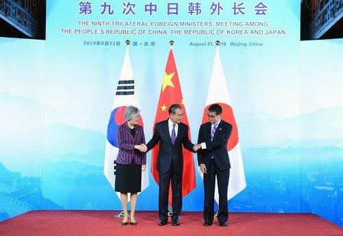 中国は韓国のGSOMIA破棄決定に対し、これが「第三国の利益に損害を与えてはいけない」とし、今後影響がどのように広がっていくかに対して敏感な反応を示している。[中国外交部ホームページ キャプチャー]