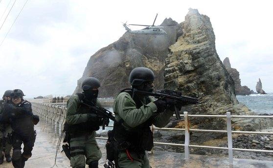 2013年10月に行われた独島防衛訓練の様子[写真 韓国海軍]
