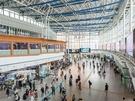 空港鉄道の発着駅で、ソウル市内や地方へもアクセス便利なソウル駅。