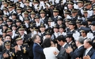 【写真】警察学校の卒業式に出席した文大統領