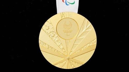 2020年東京夏季パラリンピックで選手に与える公式メダルが戦犯旗(旭日旗)を連想させて論議を呼んでいる。大韓障害者体育会は国際パラリンピック委員会(IPC)に正式抗議し、メダルのデザイン交代を要求することにした。[東京パラリンピック組織委員会ホームページ キャプチャー]