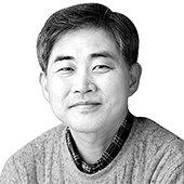 シン・ジュンボン専門記者