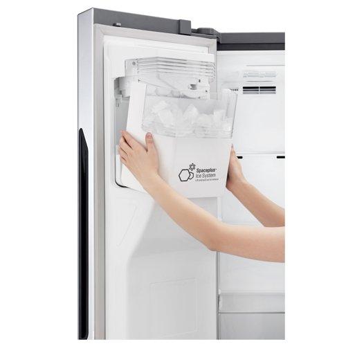 両開き型冷蔵庫ドア製氷システム[写真 LGエレクトロニクス]