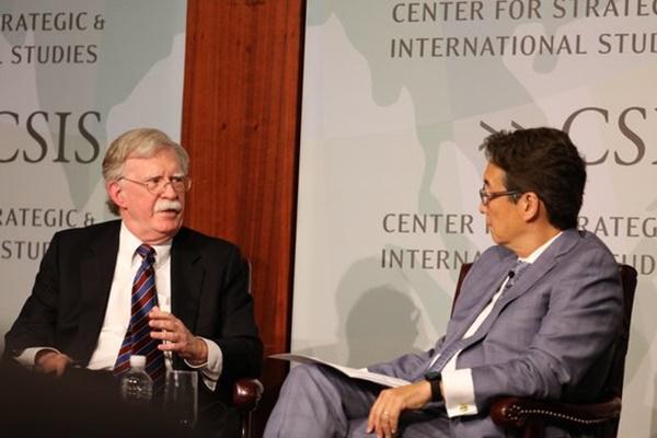 米国のジョン・ボルトン前大統領補佐官(国家安全保障問題担当)が30日(現地時間)、「中央日報-CSISフォーラム」でビクター・チャCSIS韓国碩座との座談で、北朝鮮の非核化や韓日葛藤、防衛費分担金交渉などについて答えている。イ・グァンジョJTBC記者
