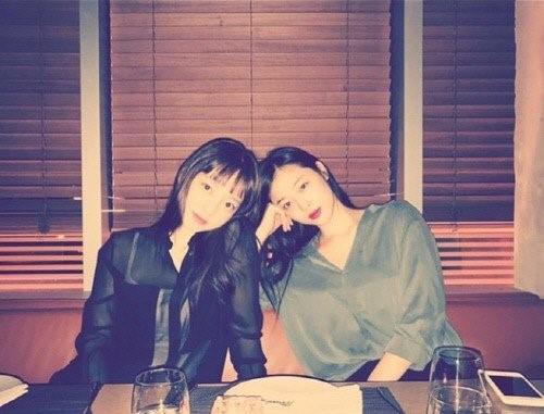 歌手ク・ハラと女優ソルリさん