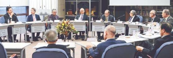 「東アジアの平和と韓日関係改善のための対話の会」が21日、ソウルの対話の家で開かれた。キム・ギョンロク記者
