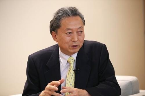 鳩山由紀夫氏。