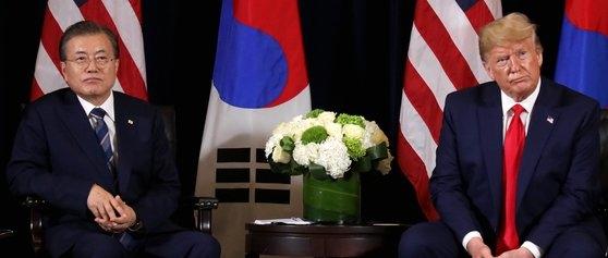 今年9月23日午後(現地時間)、国連総会出席のために米国を訪問した文在寅大統領がニューヨークのインターコンチネンタルバークレーホテルでトランプ大統領と首脳会談をした。[青瓦台写真記者団]