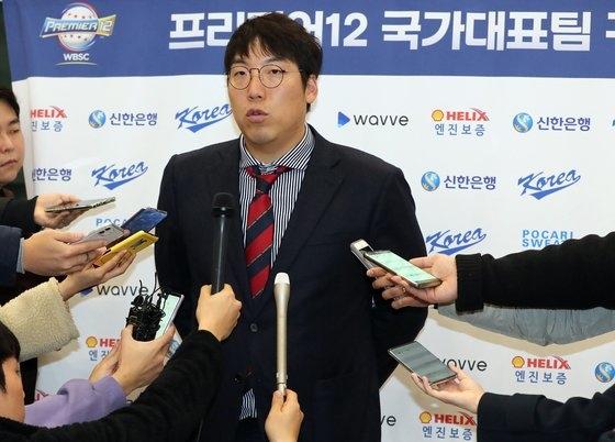 韓国代表の主将・金賢洙(キム・ヒョンス)が18日、取材陣のインタビューに応じている。 チョン・シジョン記者
