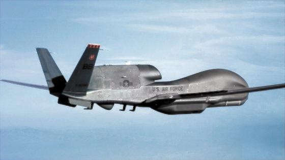 高高度偵察無人機RQ-4グローバルホーク [写真 ノースロップグラマン]