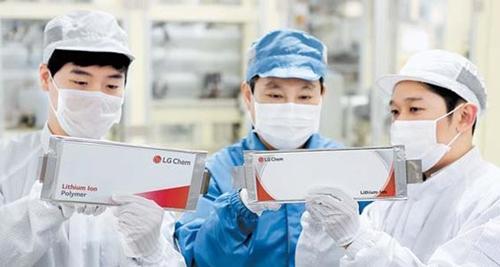 LG化学の梧倉(オチャン)電気自動車バッテリー生産ラインの様子[写真 LG化学]