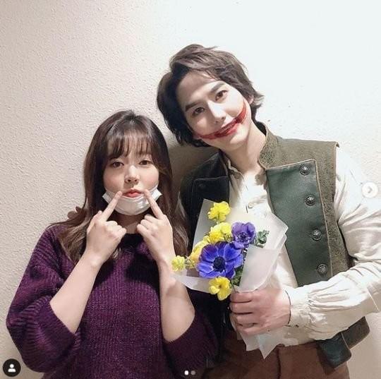 少女時代サニー(写真左)とSUPER JUNIORのキュヒョン[インスタグラム キャプチャー]