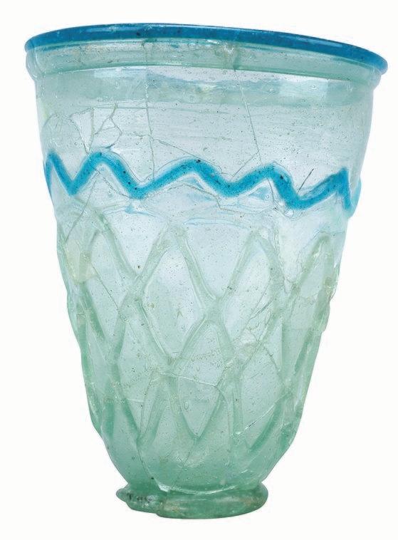慶州皇南大塚から出土したローマガラスの容器