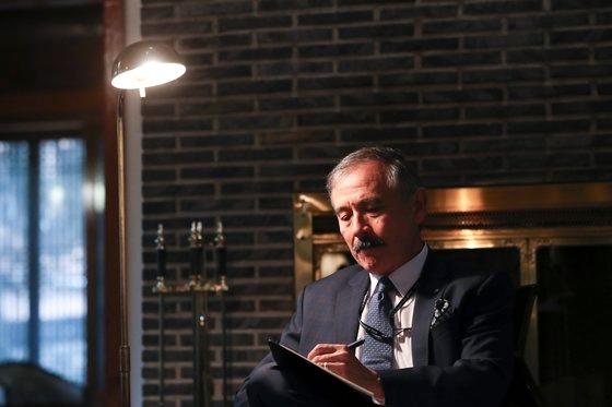 ハリス駐韓米国大使が昨年7月にソウルの大使官邸で中央日報とインタビューしている。キム・ギョンロク記者