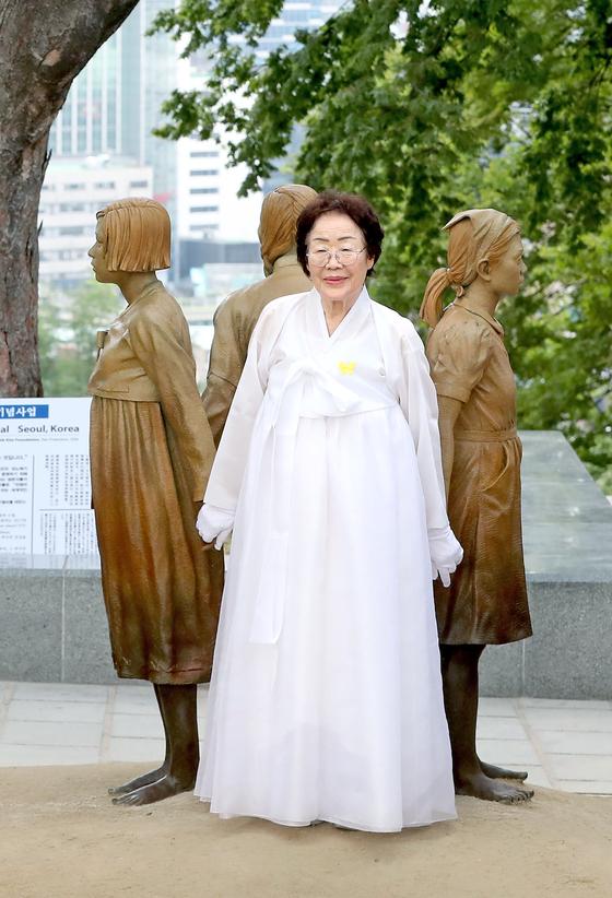 慰安婦被害者・李容洙さん