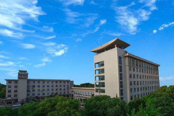 中国湖北省の武漢ウイルス研究所全景[写真 公式ホームページ]