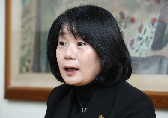 共に市民党当選者の尹美香(ユン・ミヒャン)氏