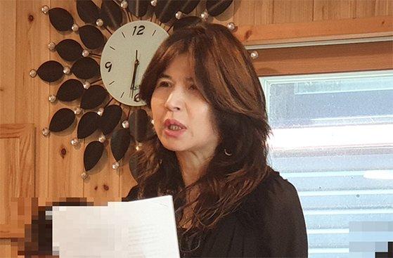 20日、慰安婦被害者の故クァク・イェナムさんの娘イ・ミンジュさんが「慰安婦支援金などに対して政府次元の全数調査が必要」と話した。 キム・ジュンヒ記者