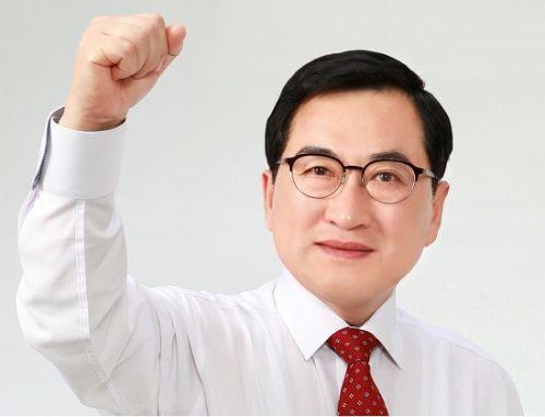 朱洛栄慶州市長[写真 公式ブログ]
