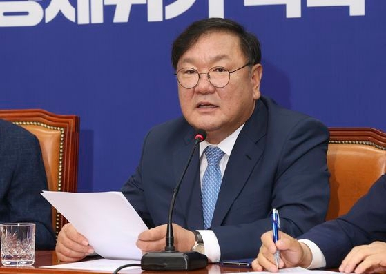 韓国与党「共に民主党」の金太年・院内代表