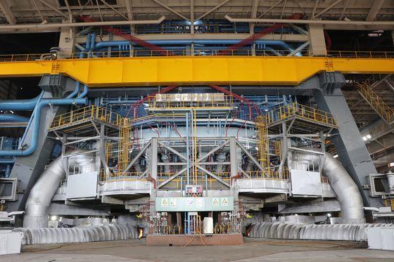 1年8カ月間の改修作業を終え今月再稼働したポスコ光陽製鉄所の第3高炉。[写真 ポスコ]