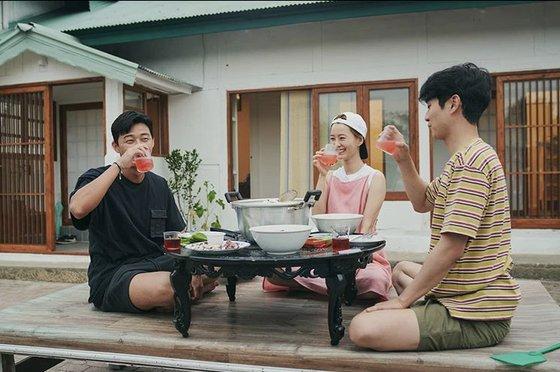 tvNバラエティ番組『'夏休み』の一シーン[写真 CJ ENM]