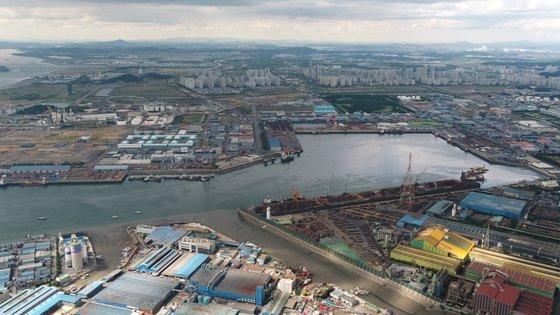 仁川港の北港全景。[写真 仁川港湾公社提供]
