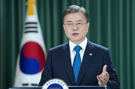 韓国の文在寅大統領が22日午後、青瓦台で第75次国連総会一般討論演説を映像で伝えている。[写真 青瓦台]